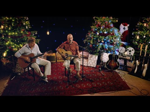 Eric Clapton - Christmas In My Hometown (Performance Video)