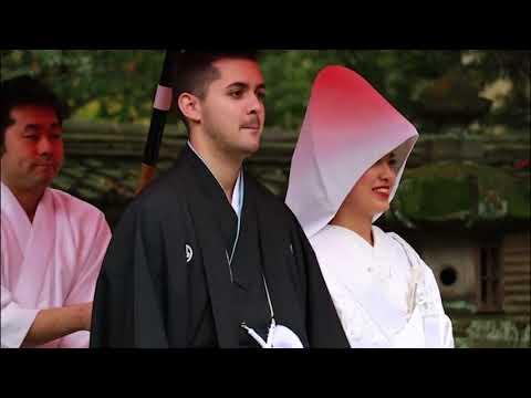 Happy wedding - Akasaka Hikawa Jinja Tokyo Japan - Akasaka Kinryu