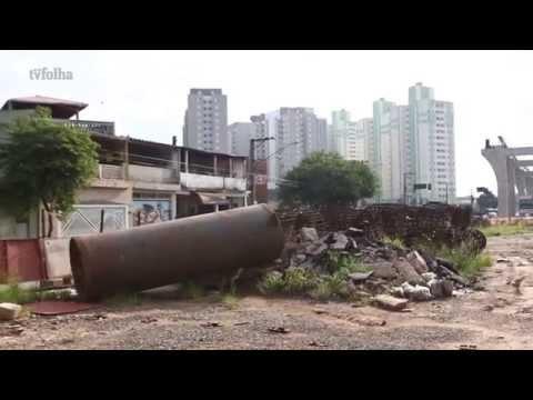 """Obras atrasadas causam """"efeito Minhocão"""" em monotrilho da Zona Leste"""
