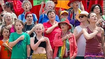 """Flashmob in Sydney für das Klima: """"Act Now!"""""""