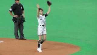 20100612サッポロビールイメージガール中村果生莉さん始球式@札ド 中村果生莉 検索動画 7