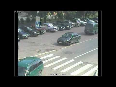 Вот так воруют магнитолы в Санкт-Петербурге