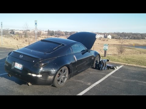 No garage- no problem! Working on a NISSAN 350Z in the parking lot