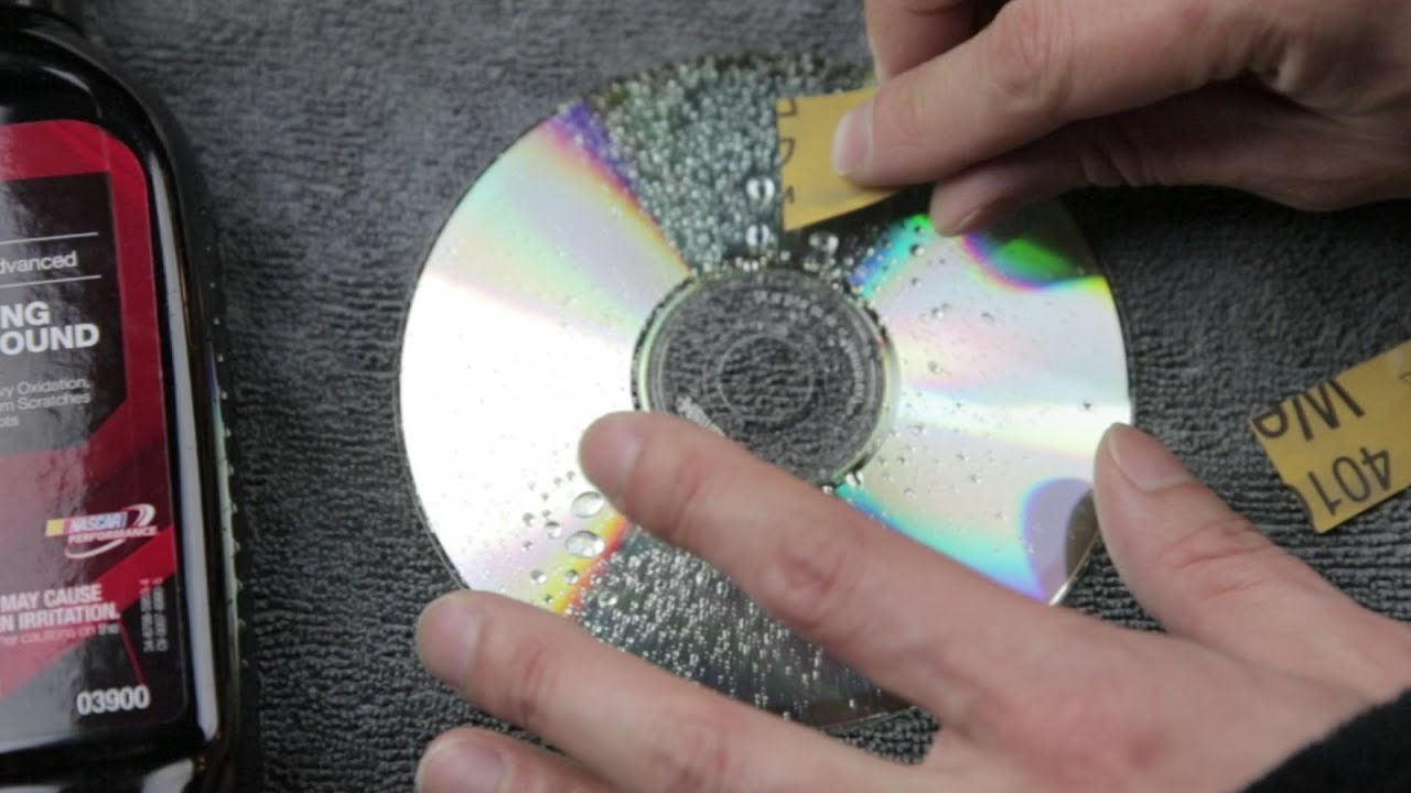 How to Repair a CD With Toothpaste