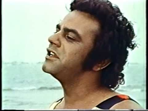 Johnny Mathis -  Walking at the Pacific Ocean 1970