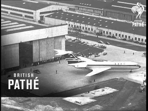 Two Planes Make News (1962)