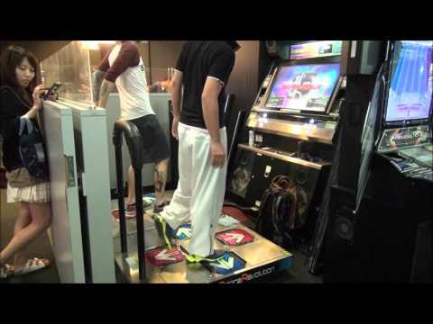 -DarkXuxa- visiting Japan ENJOY DDR