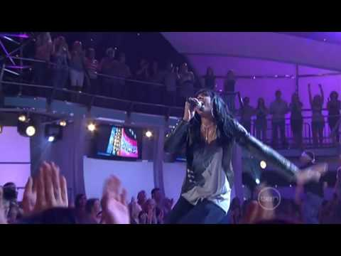 When Love Takes Over (Live) - David Guetta feat. Kelly Rowland (HD)