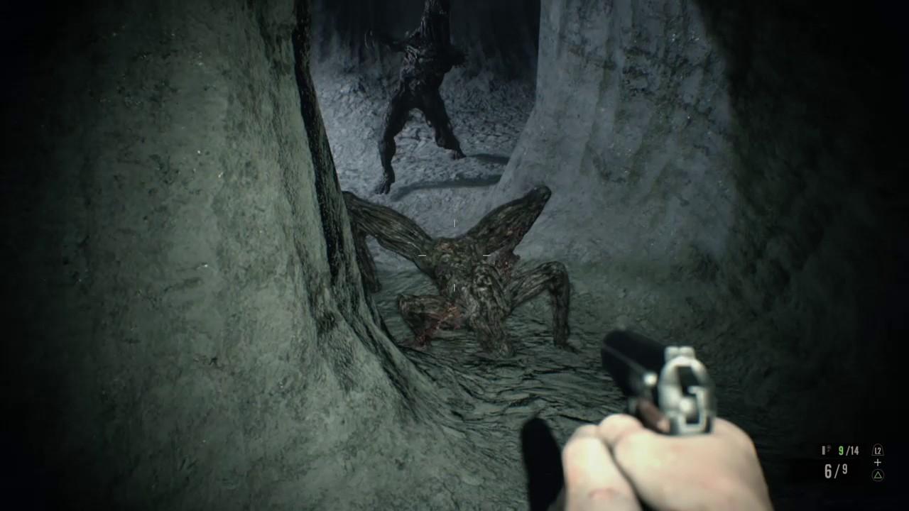 Resident Evil 7 Dodging 4 Legged Molded Youtube