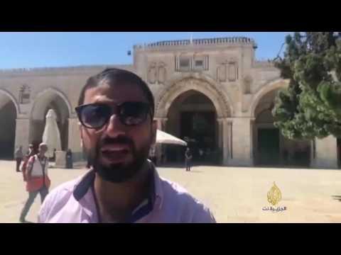 المئات من جنود الاحتلال والمستوطنين يقتحمون المسجد الأقصى