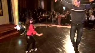 Танец маленькой Чеченки удивило всех умничка dancing