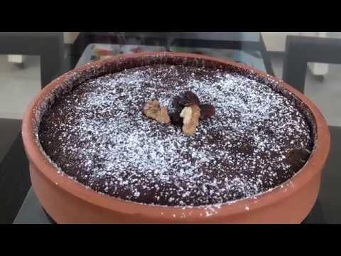 moelleux-au-chocolat,-sans-gluten,-aux-dattes-et-aux-noix