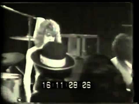 New York Dolls   Live in Waldorf Astoria Hotel 1973)