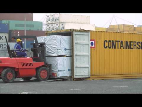 Containerships Group - Timber Loading