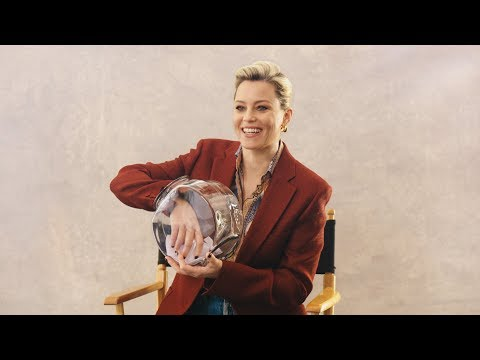 Elizabeth Banks On How She Deals With Embarrassing Moments | NET-A-PORTER