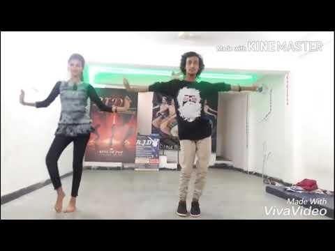 Dance very dance