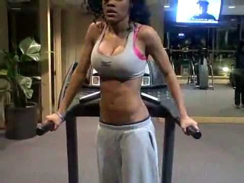 , [VIDEO] Teyana Taylor (@TeyanaTaylor) Served BODY at the VMAs! Check Out Her Secret Workout Regimen to Get Your Own!