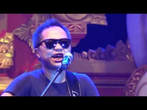 Sandhy Sondoro & Mostly Jazz Band - Tentang Perasaanmu @ Sanur Village Festival 2016 [HD]