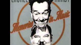 Laurel & Hardy - Lazy Moon 1931 Pardon Us - Jailbirds