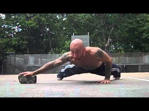 One Arm Push-up Training - YouTube