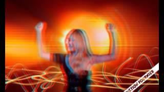 DALIDA en 3D Test 3 Remix Laissez moi danser