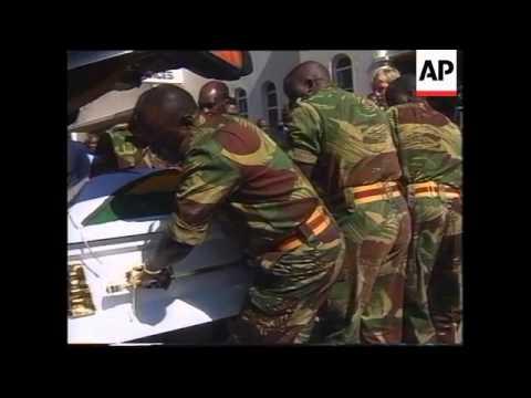ZIMBABWE:BODY OF PRESIDENT NKOMO LIES IN STATE