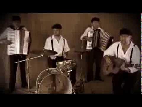 Aurora - Bella Ciao.  (HQ). Videoklip. Akusztikus verzió 2013. mp3 letöltés