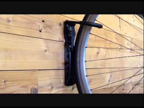 wandhalterung fahrrad in action fahrradaufh ngesystem von. Black Bedroom Furniture Sets. Home Design Ideas
