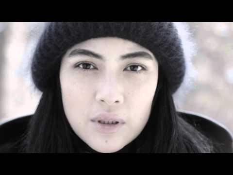 Айнур Ниязова читает стихотворение Беллы Ахмадулиной в тот месяц май...