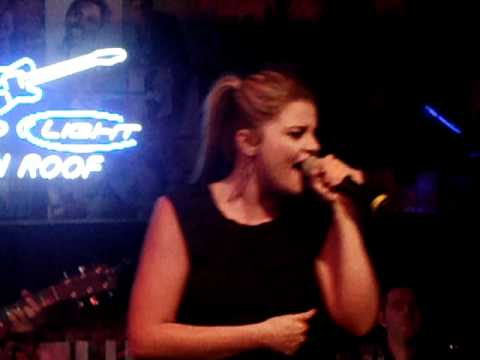 Lauren Alaina Funny Thing About Love LexTinRoof mp3