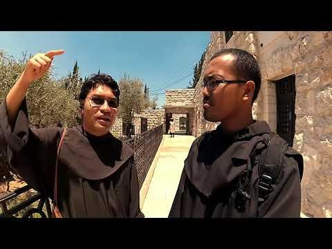 Taman Getsemani, Jerusalem, Israel; Membaca Injil di Tempat Kejadian Perkara
