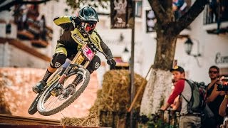Bernardo Cruz chased by Remy Metailler at Taxco Urban DH 2016
