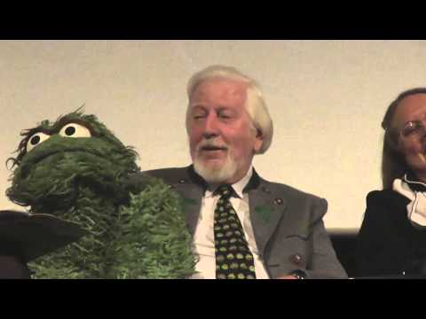 Oscar the Grouch Makes his Entrance (feat. Big Bird) - clip from I Am Big Bird Q&A - Hot Docs