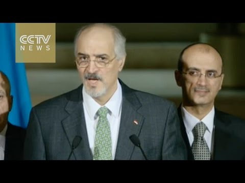 Syrian government delegation arrives at peace talks in Geneva