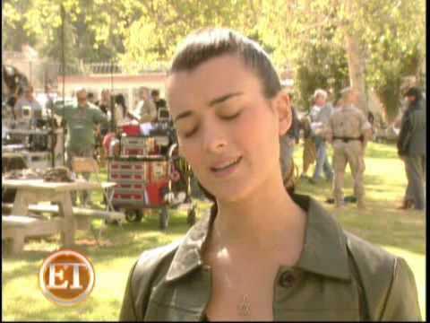 Download Youtube: ET Online Cote de Pablo- A Dog-Gone 'NCIS' Mystery