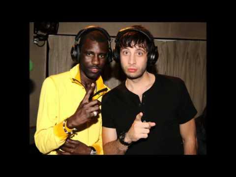 Wretch 32 ft Example - 'Unorthodox' (Radio 1 Live Lounge performance)