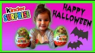 GIANT KINDER SURPRISE EGGS Halloween Edition!!