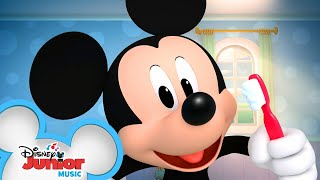 Brush to the Beat  Music Video  Learn to Brush Your Teeth  Mickey Mornings  Disney Junior