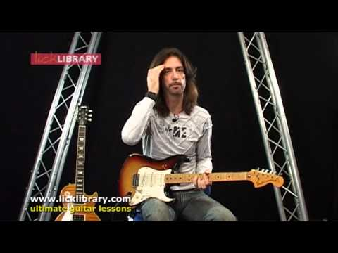 London Calling - The Clash Guitar Lesson Intro with Michael Casswell Licklibrary