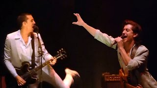 Baixar The Last Shadow Puppets - In My Room [Live at The Theatre at Ace Hotel, Los Angeles - 20-04-2016]