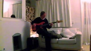 Bruce Thomas - Profile Bass 1