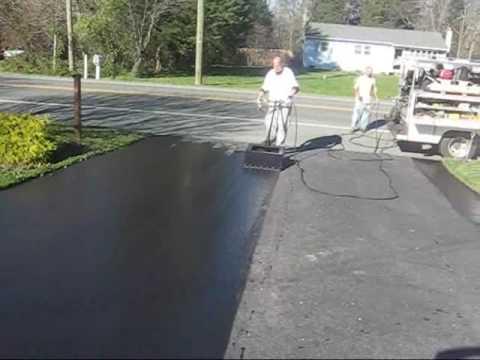 driveway sealer machine