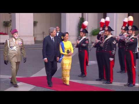 Gentiloni riceve Aung San Suu Kyi (04/05/2017)