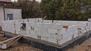 Budowa domu 5x7 murowanie pustaków #16
