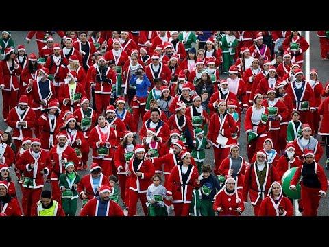 شاهد: آلاف بسترات سانتا كلوز الحمراء يشاركون في سباق خيري في مدريد…  - نشر قبل 5 ساعة
