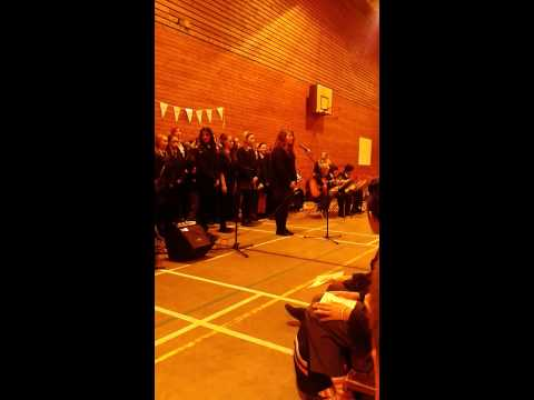 Appleton perform shake it out