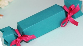 видео Как сделать конфету из бумаги (оригами) своими руками