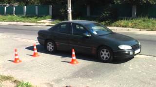 Как правильно парковаться: параллельная парковка