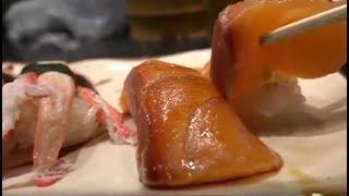 Как готовят суши в Японии