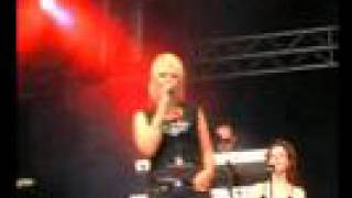 Kim Wilde Love Is Holy (Live in Denmark)